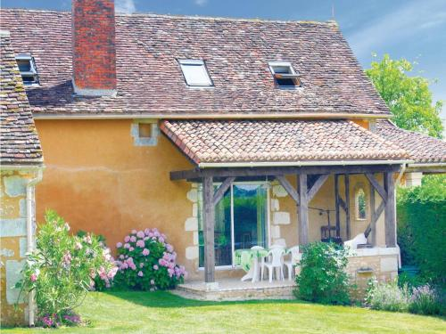 Holiday Home Chez Felix : Guest accommodation near Beleymas