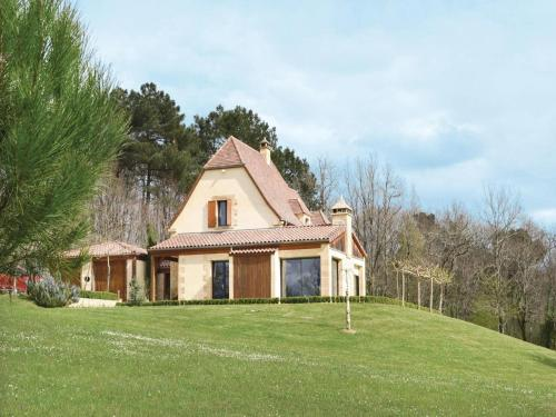 Holiday home Les Eyzies Sireuil *LXXVI * : Guest accommodation near Sergeac