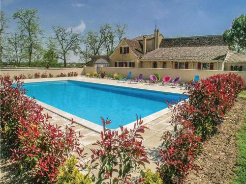 Four-Bedroom Holiday Home in Gardonne : Guest accommodation near Saint-André-et-Appelles