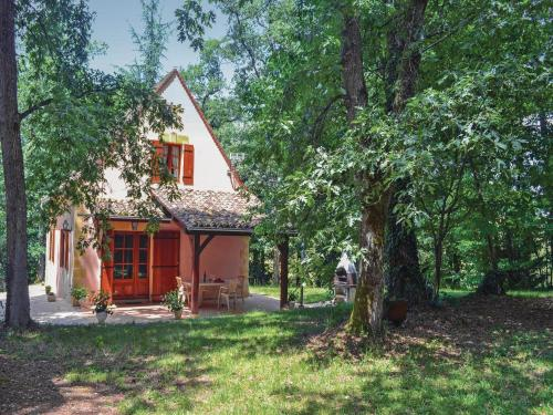 Holiday Home Gaugeac : Guest accommodation near Rives