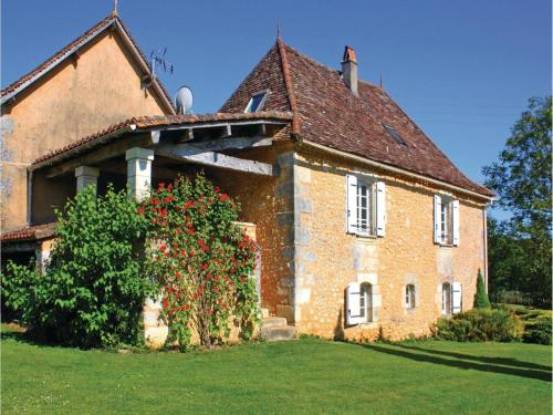 Holiday Home Villamblard Chemin De Breuilh : Guest accommodation near Beleymas