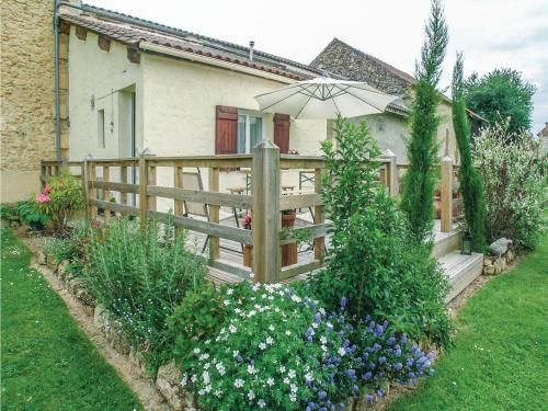 Two-Bedroom Holiday Home in Saint - Agne : Guest accommodation near Cause-de-Clérans