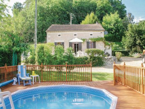 Holiday Home Le Chene Vert : Guest accommodation near Saint-André-de-Double