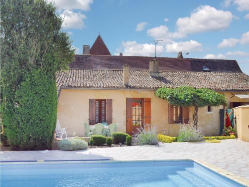 Holiday home Le Bourg H-680 : Guest accommodation near Saint-André-et-Appelles