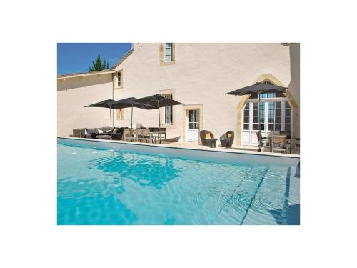 Holiday Home St.Pey De Castets Avenue De La Mairie : Guest accommodation near Naujan-et-Postiac