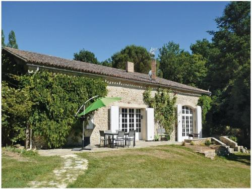 Holiday home Monsegur 19 : Guest accommodation near Landerrouet-sur-Ségur