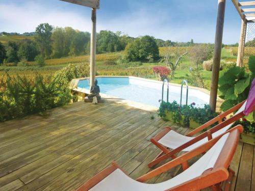 Holiday home Mombrier with Outdoor Swimming Pool 333 : Guest accommodation near Saint-Yzan-de-Soudiac