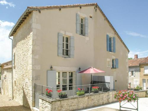 Holiday home Monsec 14 : Guest accommodation near Saint-Martial-de-Valette