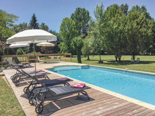 Holiday home Serres et Mantguyard 66 with Outdoor Swimmingpool : Guest accommodation near Saint-Quentin-du-Dropt