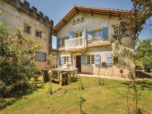 Two-Bedroom Holiday Home in Charrite de Bas : Guest accommodation near Rivehaute