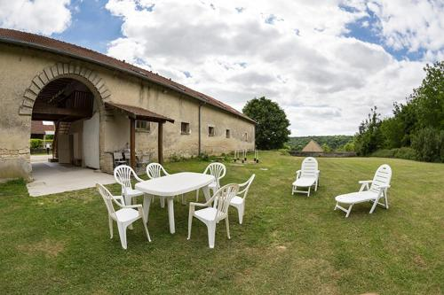 Holiday Home Grand Charmois : Guest accommodation near Martigny-Courpierre