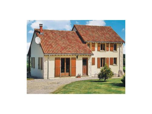 Holiday home Les Farges J-641 : Guest accommodation near Champs-Romain