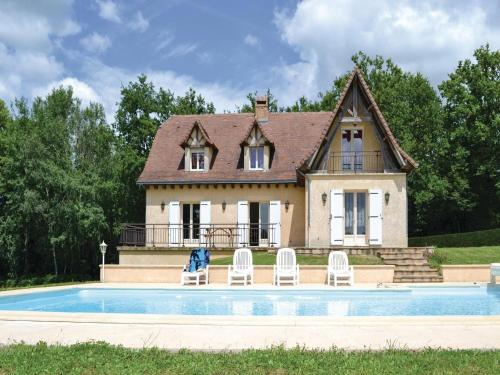 Holiday Home Savignac-Ledrier Rue Du Tuquet : Guest accommodation near Saint-Mesmin