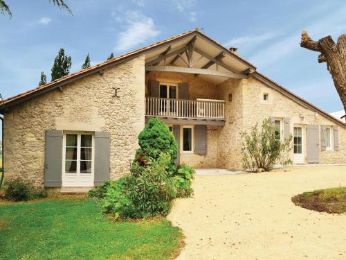 Holiday home St Vivien de Monsegur N-645 : Guest accommodation near Landerrouet-sur-Ségur
