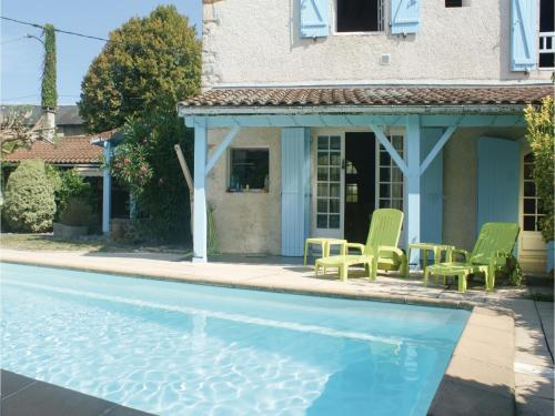 Four-Bedroom Holiday Home in Escos : Guest accommodation near Autevielle-Saint-Martin-Bideren