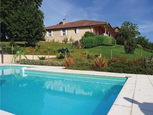 Holiday home Tiffaudie : Guest accommodation near Montauriol