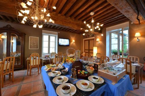 Logis Hotel De La Cote D'or : Hotel near Courcelles-lès-Semur