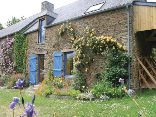 Holiday home Nanthiat L-693 : Guest accommodation near Châteauneuf-d'Ille-et-Vilaine
