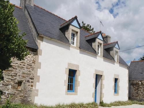 Holiday Home Pennaguer : Guest accommodation near Plonéour-Lanvern