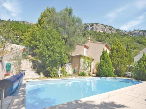 Holiday home Route de Chateauneuf : Guest accommodation near Tourrette-Levens