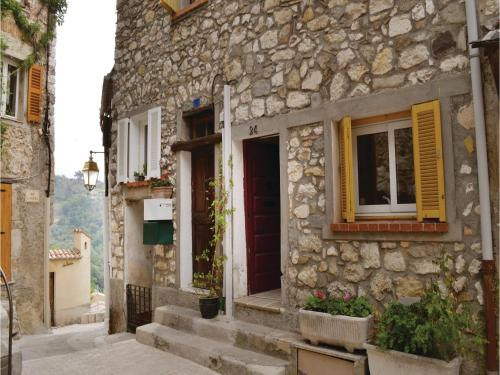 Two-Bedroom Holiday Home in La Roquette sur Var : Guest accommodation near Revest-les-Roches