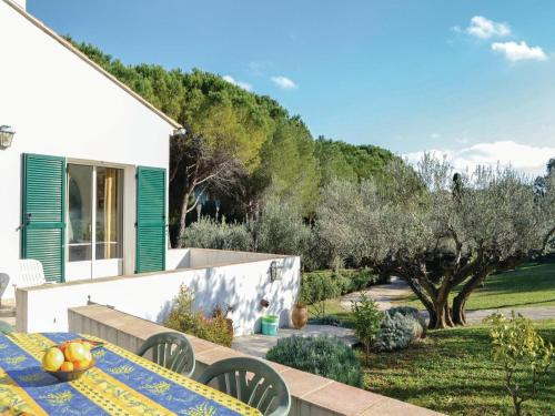 Holiday home Toulon GH-1463 : Guest accommodation near Solliès-Toucas