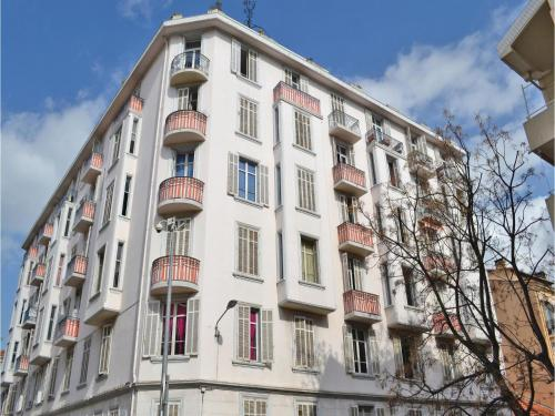 One-Bedroom Apartment in Cannes : Apartment near Cannes