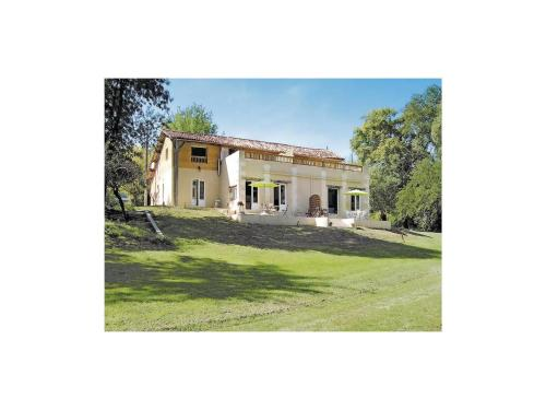 Holiday home La Barde P-737 : Guest accommodation near Rioux-Martin