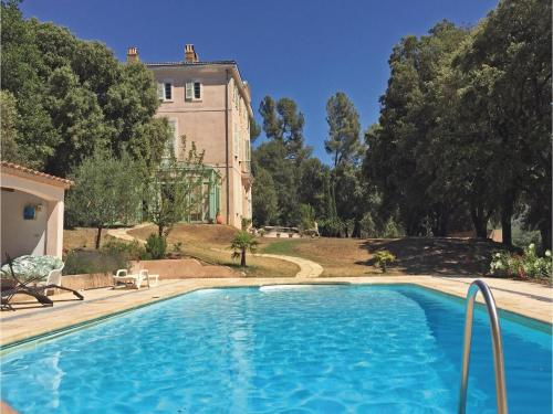 Holiday home Pourrieres 51 with Outdoor Swimmingpool : Guest accommodation near Saint-Zacharie