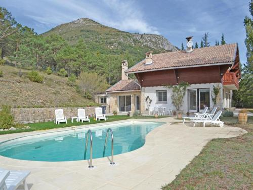 Holiday Home La Bastide - 07 : Guest accommodation near Comps-sur-Artuby