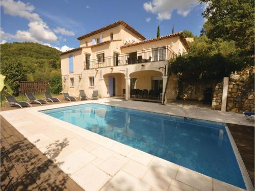 Six-Bedroom Holiday Home in Fayence : Guest accommodation near Seillans