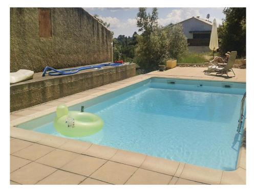 Two-Bedroom Holiday Home in St Julien LeMontagnier : Guest accommodation near Varages