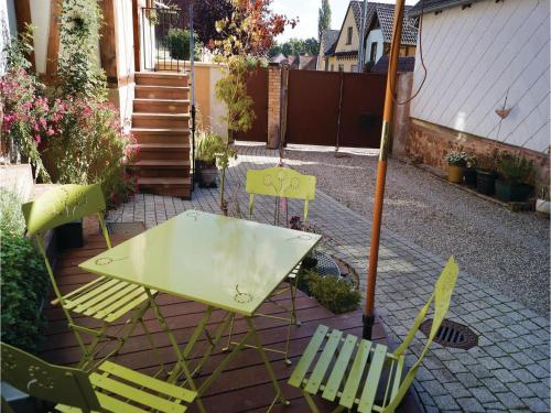 Two-Bedroom Holiday Home in Odratzheim : Guest accommodation near Ergersheim