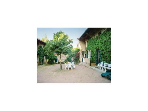 Holiday Home La ferme Perrin - 03 : Guest accommodation near Bergesserin