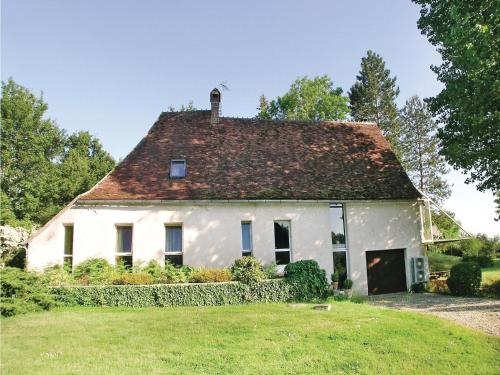 Holiday home St Georges sur Baulche L-760 : Guest accommodation near Parly