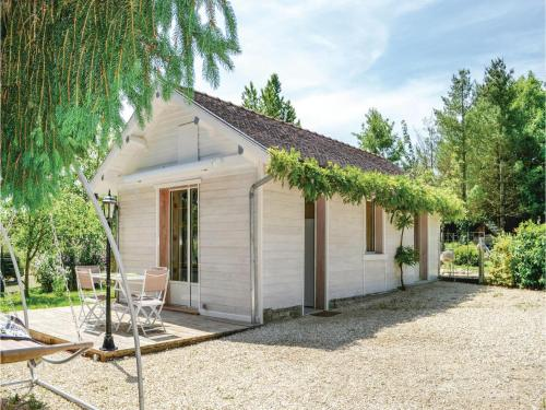 One-Bedroom Holiday Home in Rumilly les Vaudes : Guest accommodation near Charrey-sur-Seine