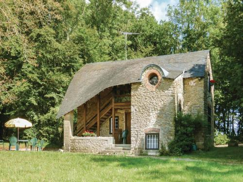 Two-Bedroom Holiday Home in Hery : Guest accommodation near Sardy-lès-Épiry