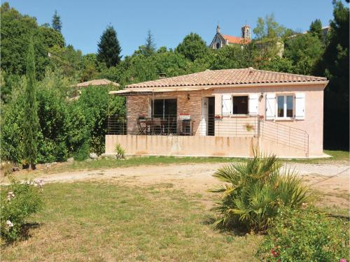 Holiday home Le Village : Guest accommodation near Chambon
