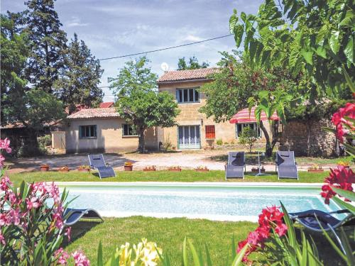 Holiday home Route D'Uzes : Guest accommodation near Saint-Quentin-la-Poterie