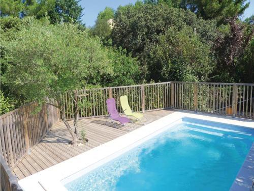 Holiday home chemin de Pilliéres : Guest accommodation near Jonquières-Saint-Vincent