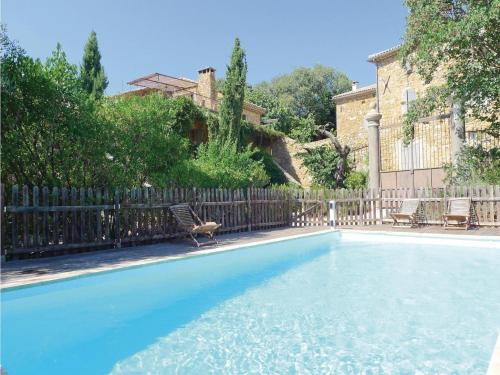 Four-Bedroom Holiday Home in Uzes : Guest accommodation near Euzet