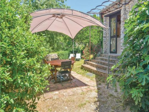 Two-Bedroom Holiday Home in Bouquet : Guest accommodation near Brouzet-lès-Alès