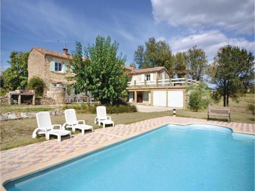 Three-Bedroom Holiday Home in Bagard : Guest accommodation near Maruéjols-lès-Gardon