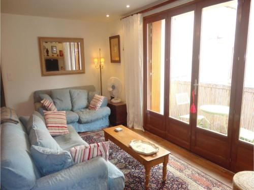 Holiday Home Serignan Rue Danton : Guest accommodation near Vendres