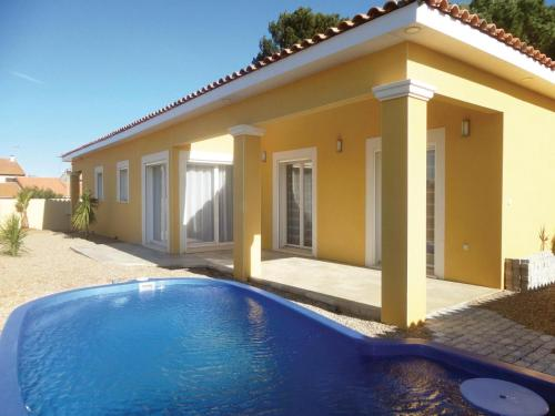 Holiday Home Cers I : Guest accommodation near Cers