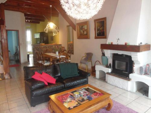 Five-Bedroom Holiday Home in Bedarieux : Guest accommodation near Taussac-la-Billière
