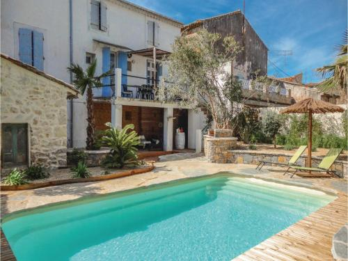 Five-Bedroom Holiday Home in Puimisson : Guest accommodation near Lieuran-lès-Béziers