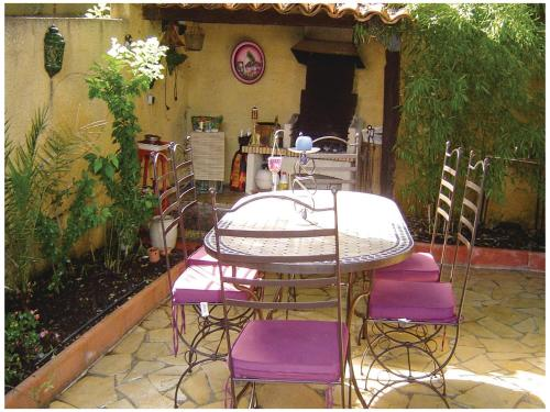 Two-Bedroom Holiday Home in Pignan : Guest accommodation near Cournonterral