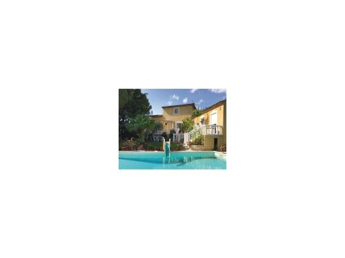 Three-Bedroom Holiday Home in Baillargues : Guest accommodation near Vendargues