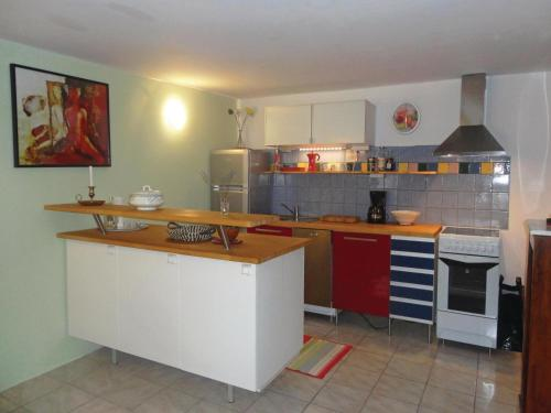 Two-Bedroom Holiday Home in Bedarieux : Guest accommodation near Le Pradal
